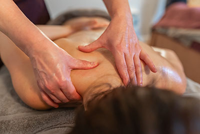 JUST 10 MINUTES OF MASSAGE CAN HELP THE BODY FIGHT STRESS – PROVEN!